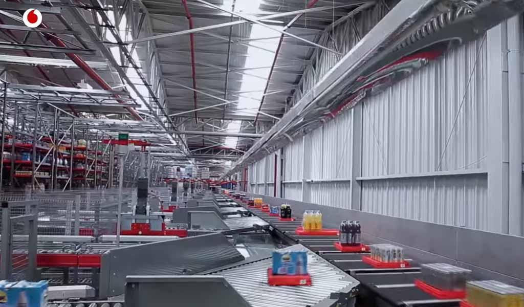 Drones y robots inteligentes capaces de gestionar un almacén
